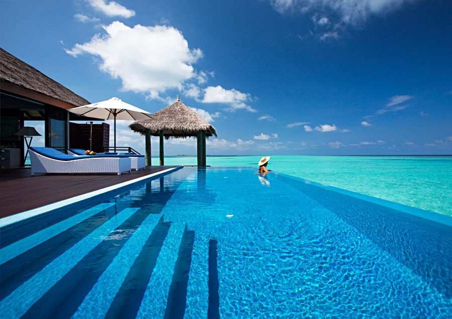 Infinity Pools - Velassaru Resort - Malediven