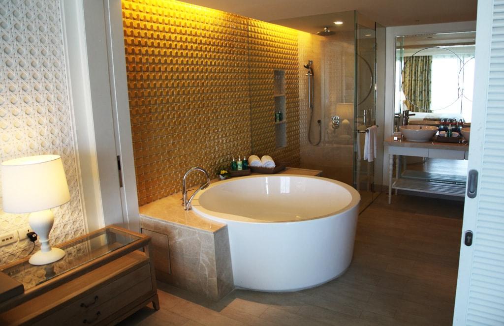 Amari Hua Hin Hotel - Suite met bubbelbad