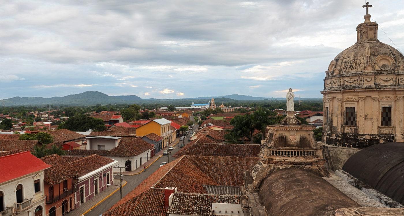 Granada, Nicaragua - Uitzicht vanaf de Iglesia de la Merced klokketoren