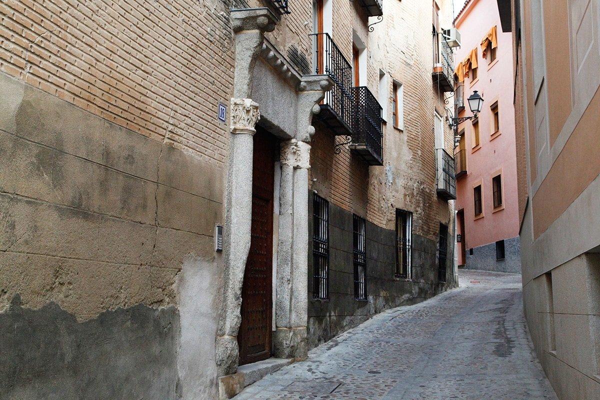 Smalle straatjes in Toledo