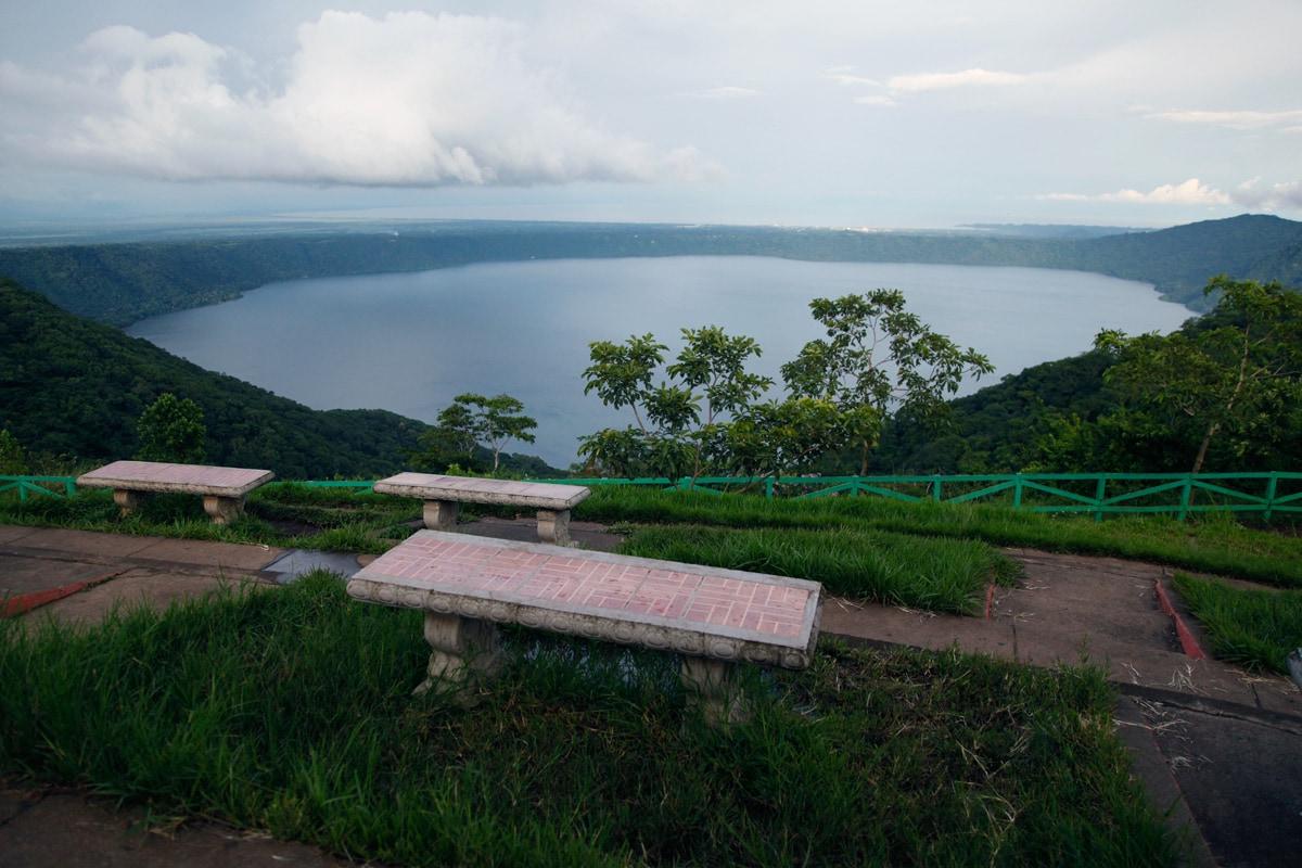 Catarina Viewpoint in Nicaragua - Uitzicht op Laguna de Apoya