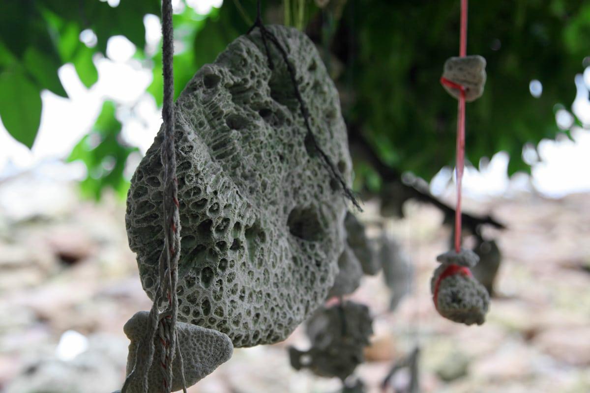 Dood koraal op Koh Talu Island in Thailand