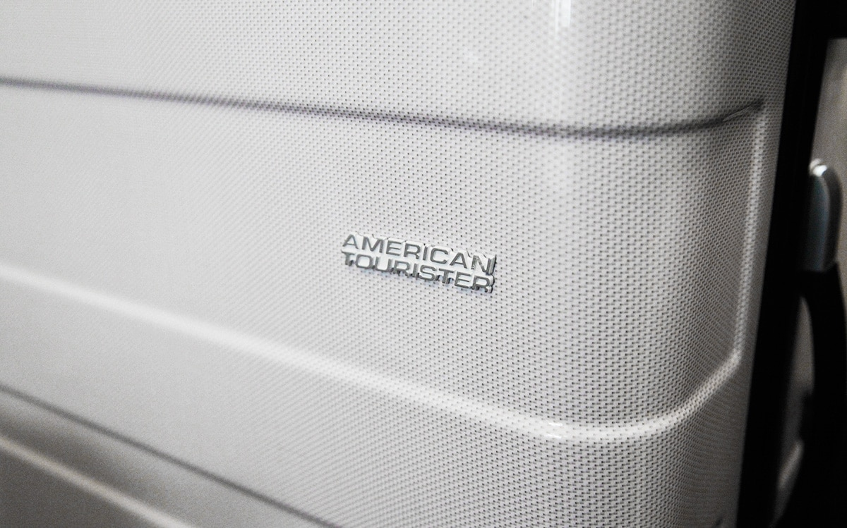 Review American Tourister Pasadena Spinner L Wit
