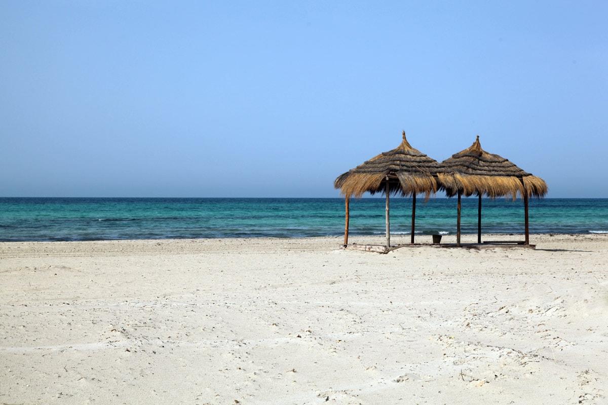Het zandstrand van Djerba