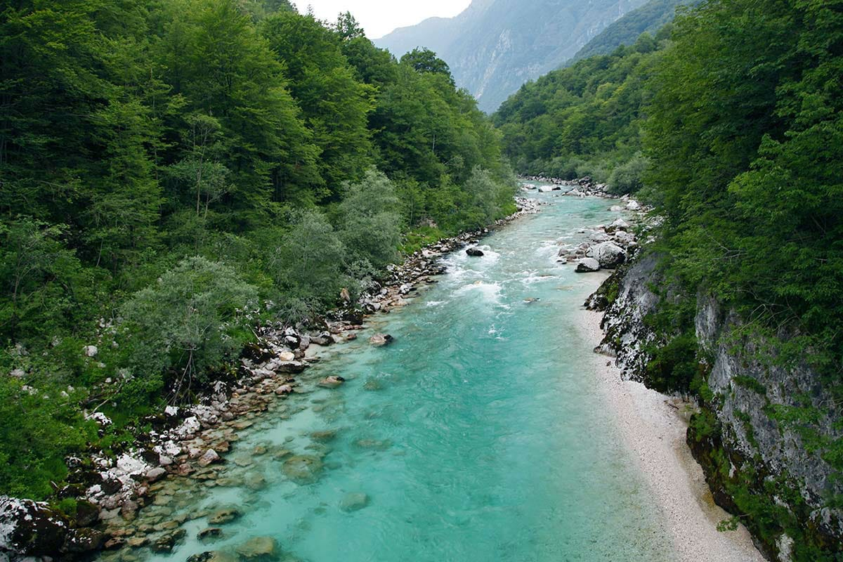 kobarid-river-soca-slovenie