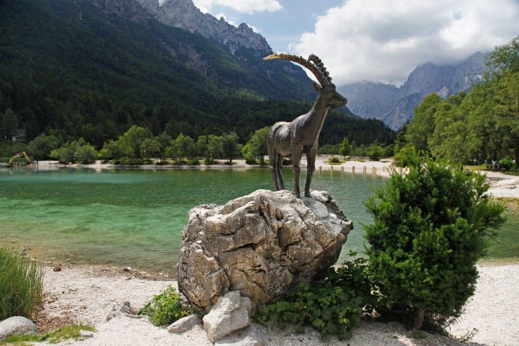 Bezienswaardigheden in Kranjska Gora Zlatorg Lake Jasna