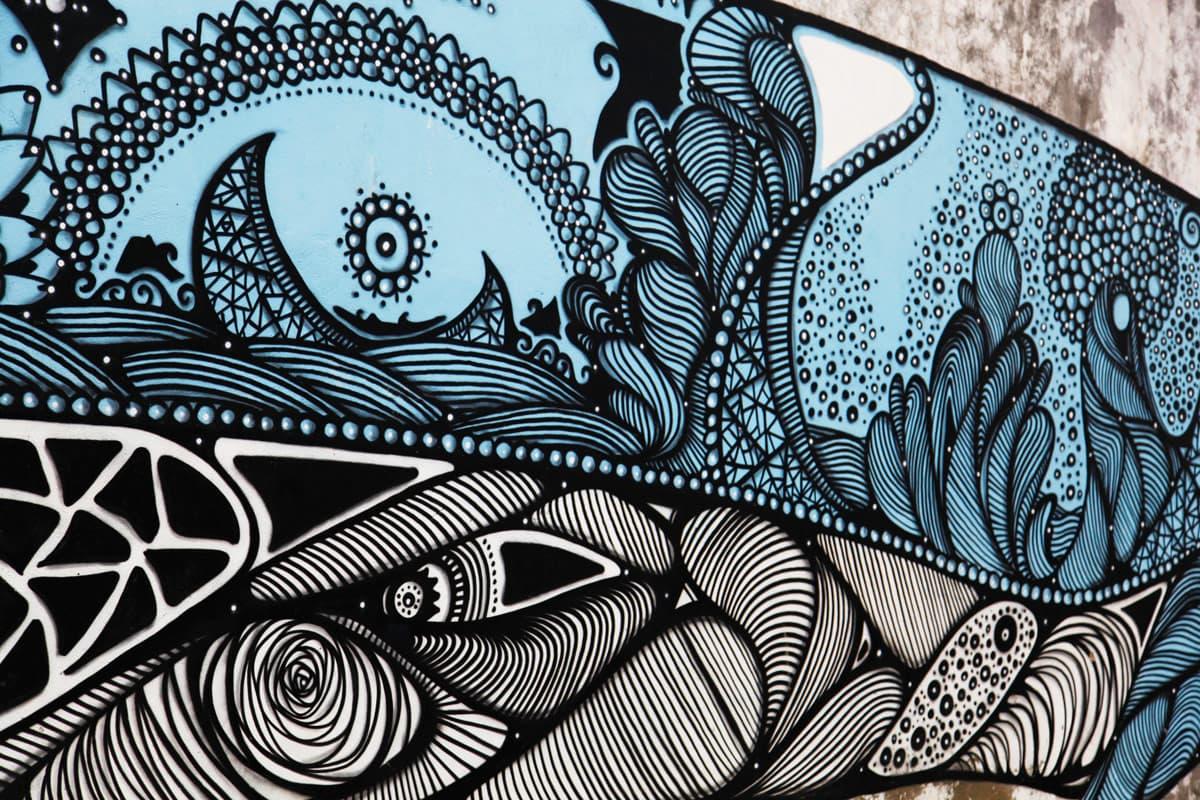 sao-miguel-street-art-whale