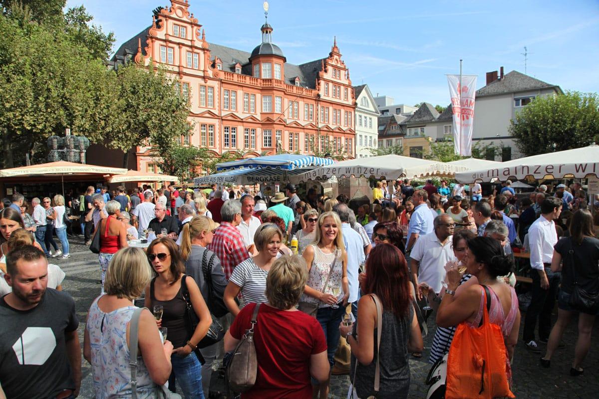 mainz-wijnfeesten-marktplein