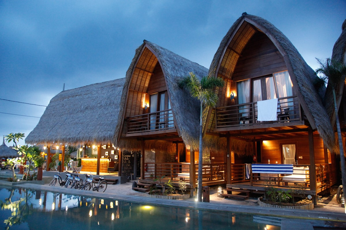 mola 2 resort hotel gili air