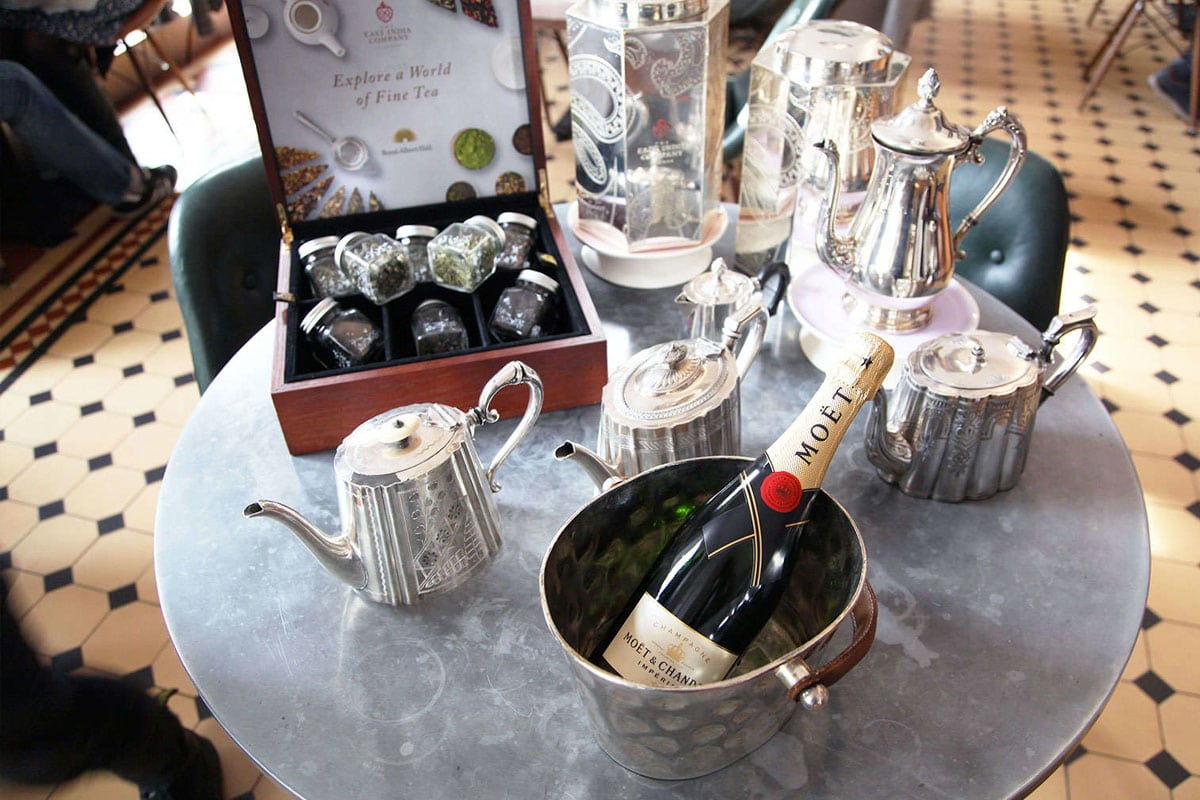 Een luxe afternoon tea in de royal albert hall in londen for Door 12 royal albert hall