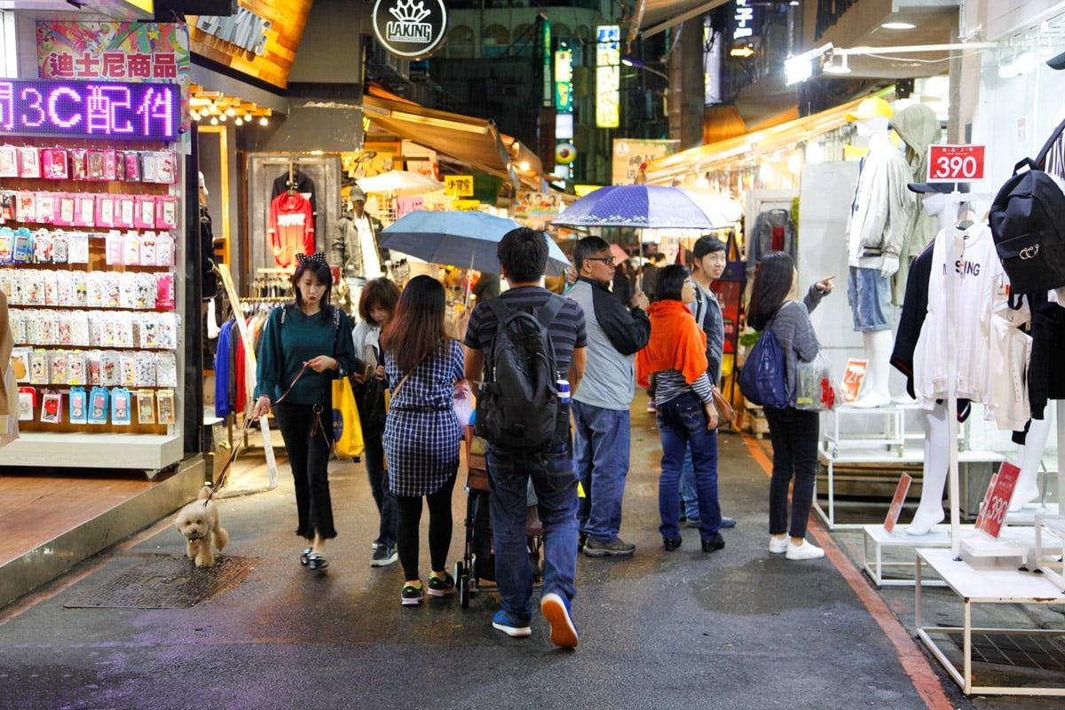 shoppen shilin night market taipei
