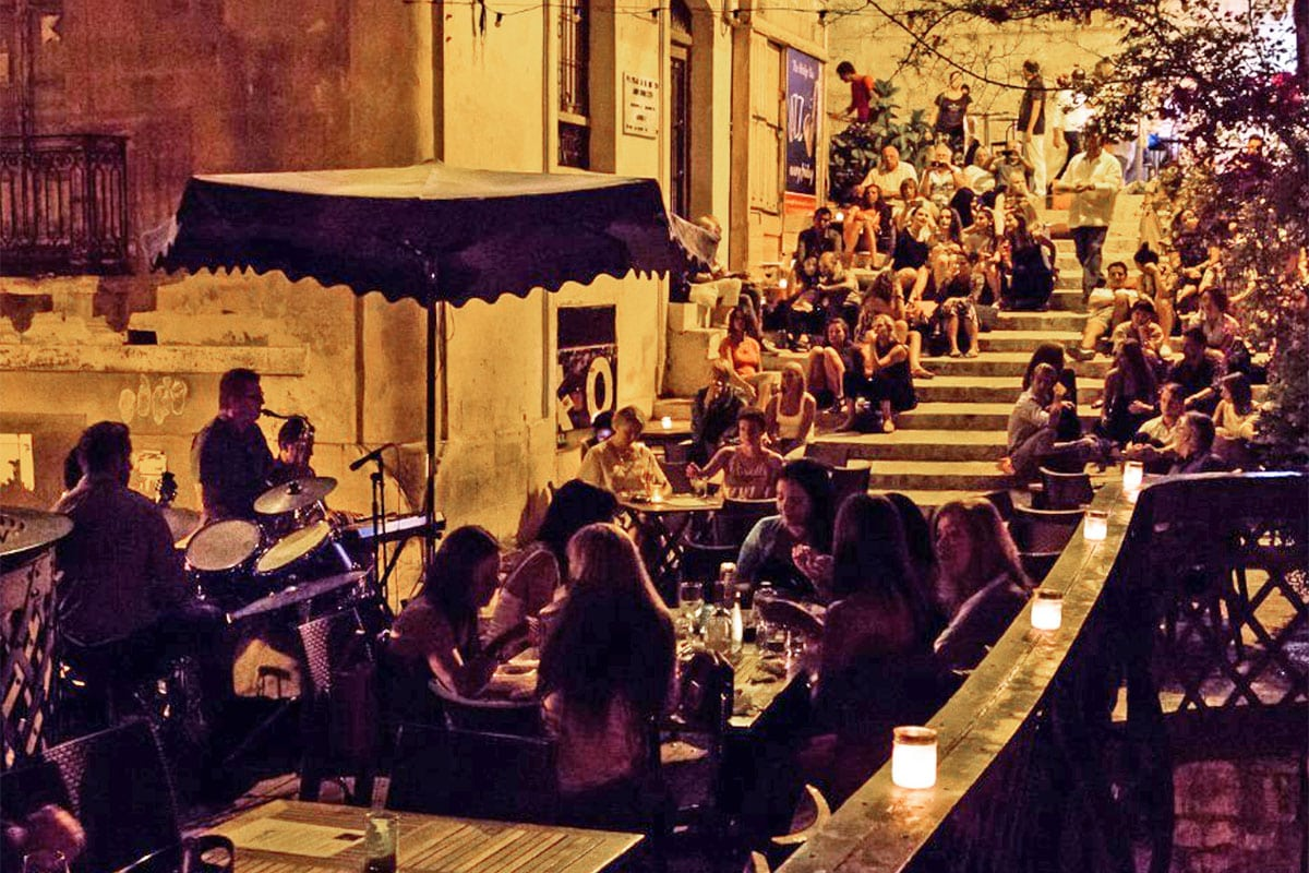 nightlife bar valletta malta