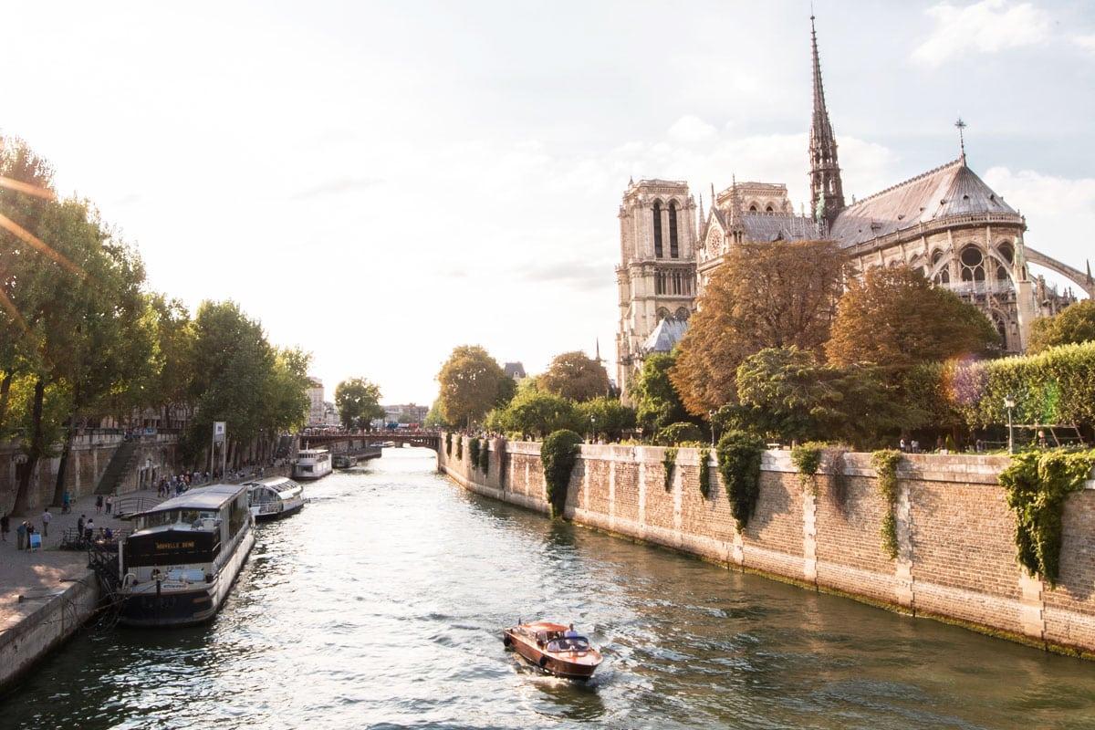 wat te doen in parijs bezoek de notre dame