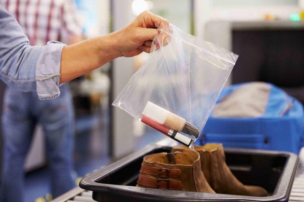 Een ziplock zakje voor je handbagage