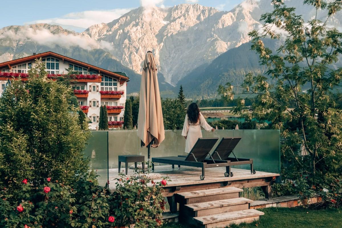 Mooiste tuinen van Oostenrijk bij hotel Schwarz in Miemel