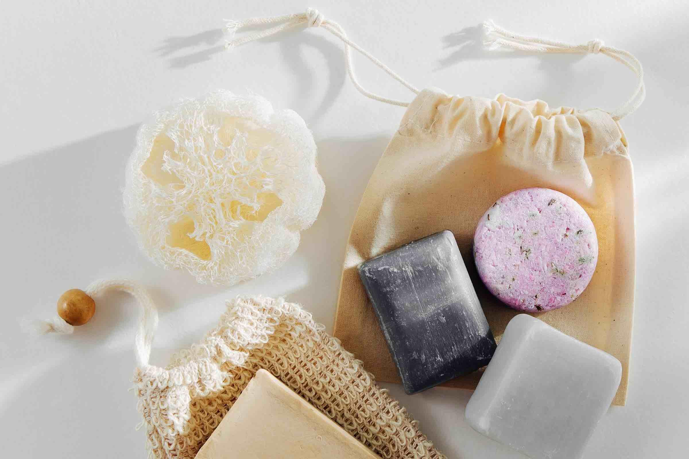 Reis toilettas met solid shampoo en solid conditioner