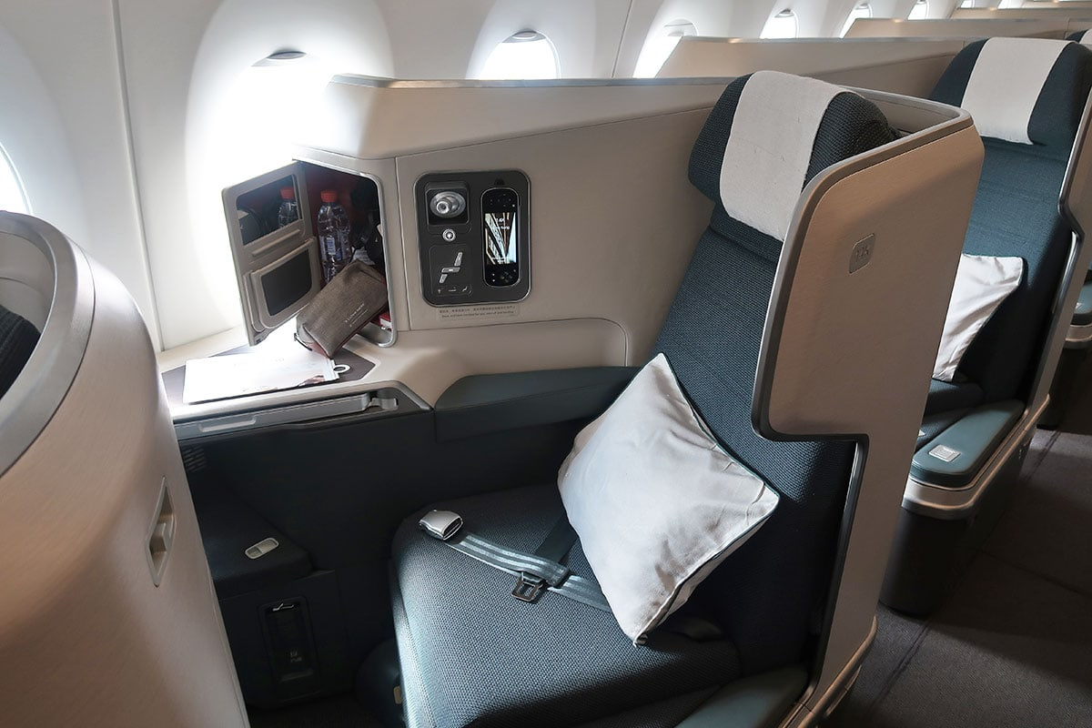 cathay pacific business class stoelen