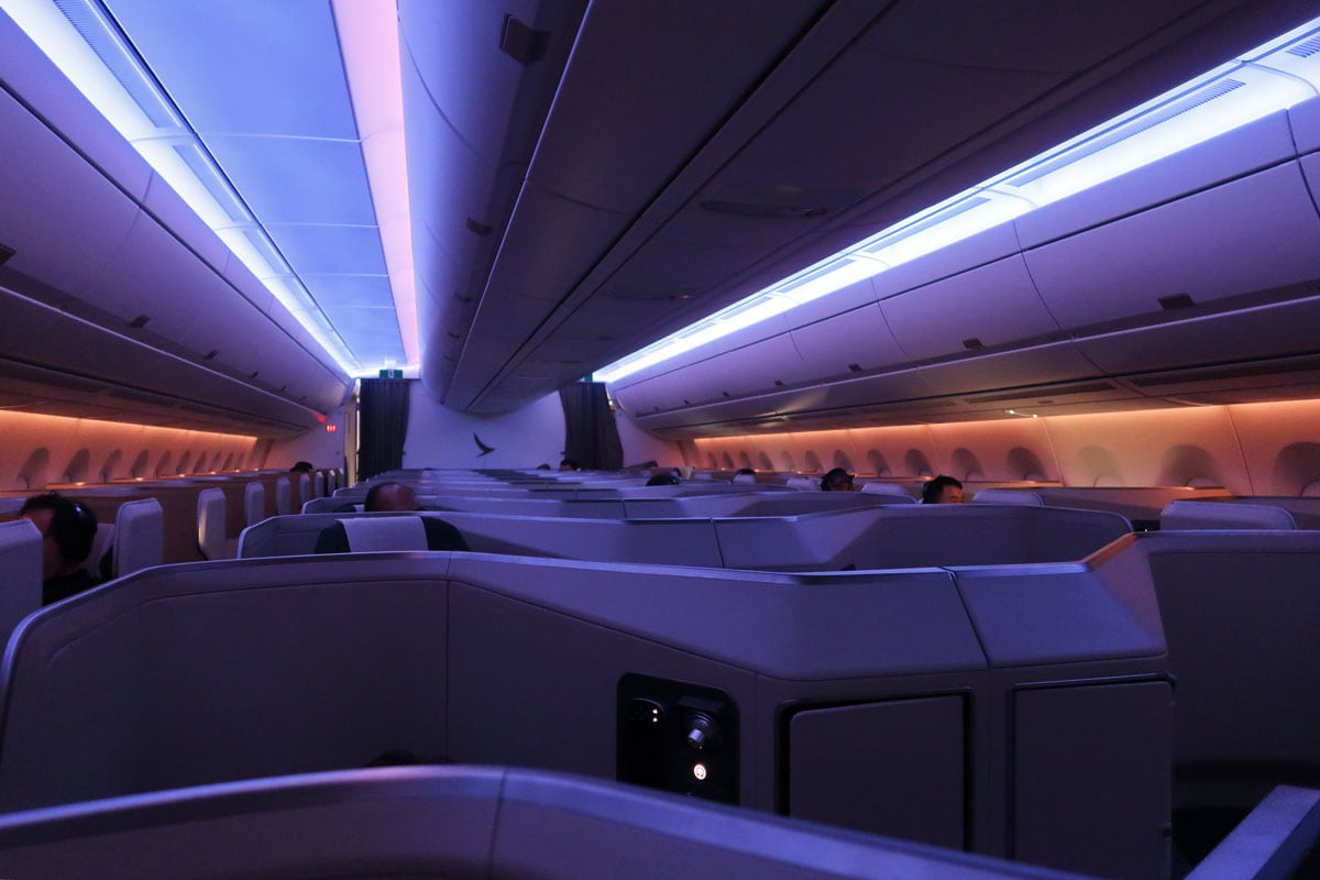 cathay pacific verlichting aan boord