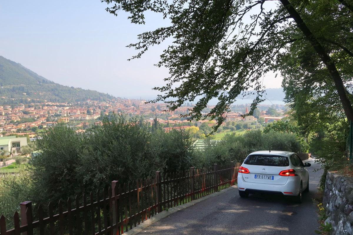 Met de auto langs de mooiste plekken aan het Gardameer