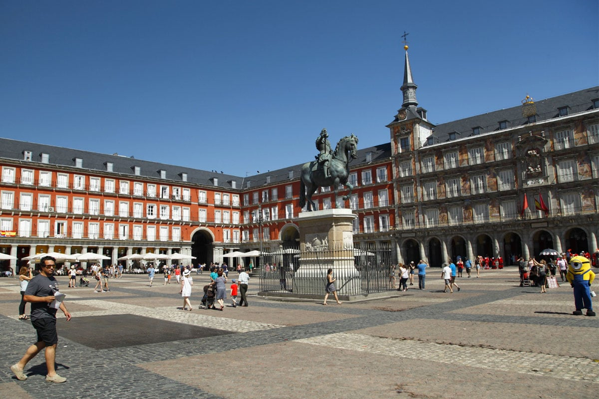bezienswaardigheden madrid plaza mayor