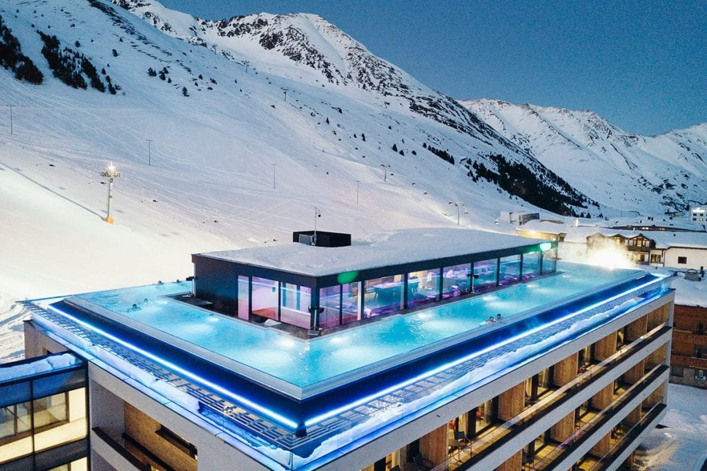 Het Mooshaus hotel met infinity pool Kühtai