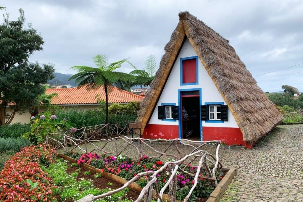 Beste bezienswaardigheden Madeira Santana huisjes