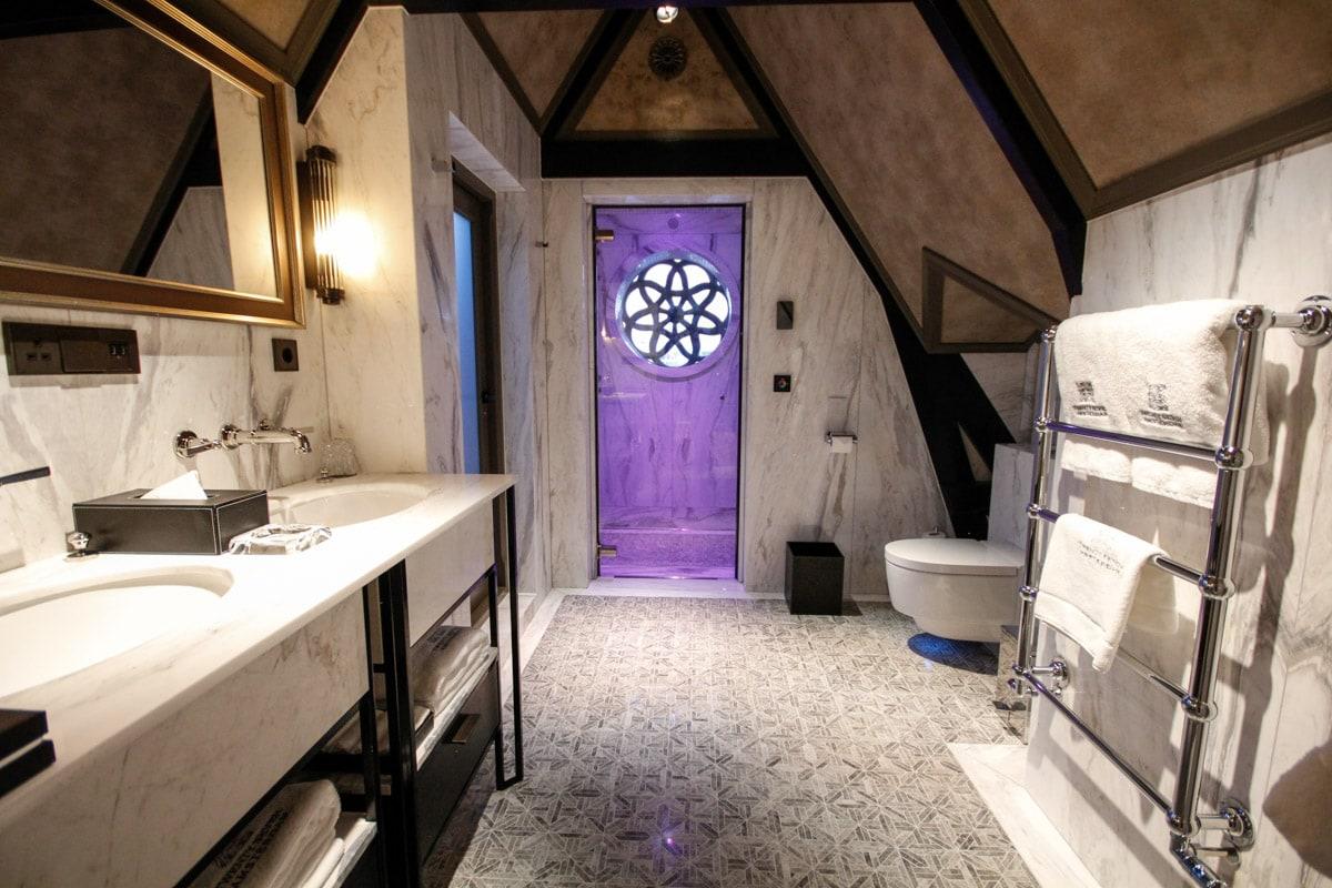 Luxe badkamer TwentySeven hotel Amsterdam