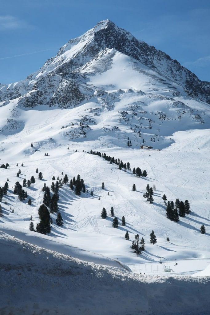 De bergen van Kuhtai in het hoogste skigebied van Oostenrijk