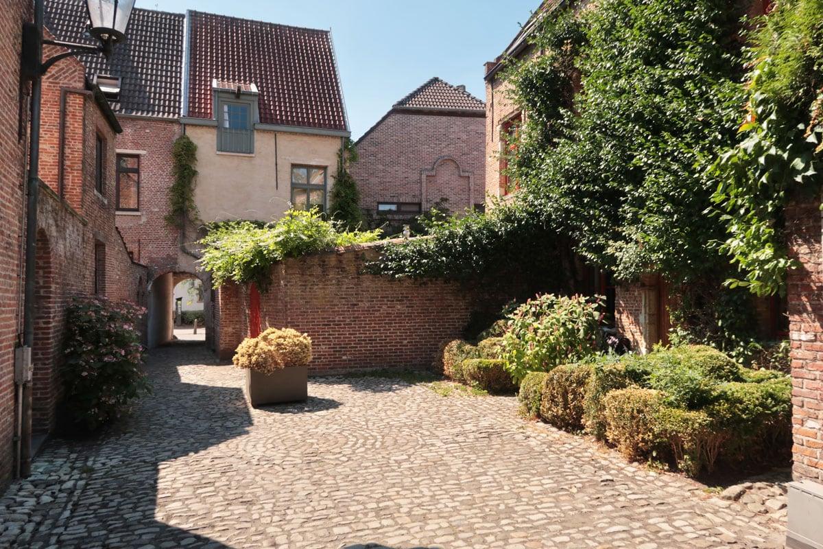 Bezienswaardigheden in Mechelen Groot Begijnhof